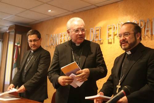 """El """"Frente"""" de la familia y la jerarquía católica asaltan la Constitución"""