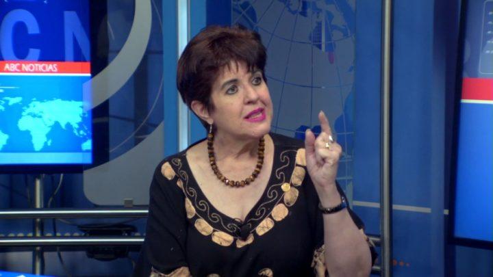 Corral sostiene a Teresa Ortuño, no lo olviden