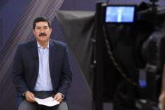 Oooootro foro: Corral convoca a la crema  y nata del autoritarismo oligárquico