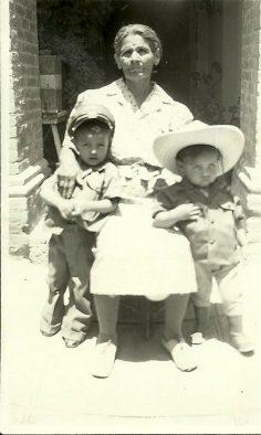 Facebook, las armas y mi abuela