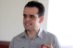Federico Baeza Mares: reiteraciones conservadoras